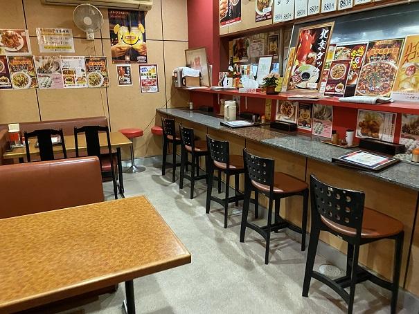 中華料理薔薇飯店店内