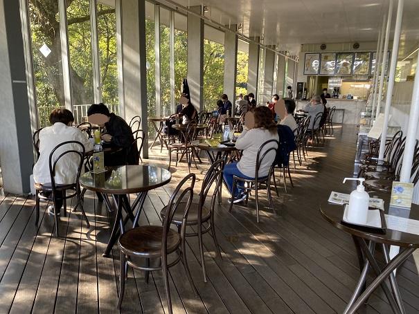 神椿2階カフェ