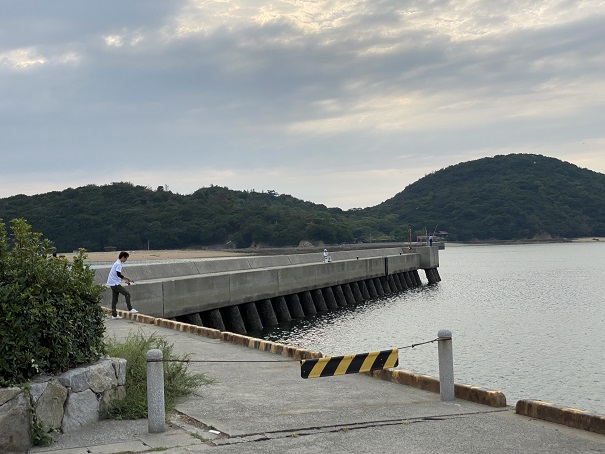 新仁尾港防波堤