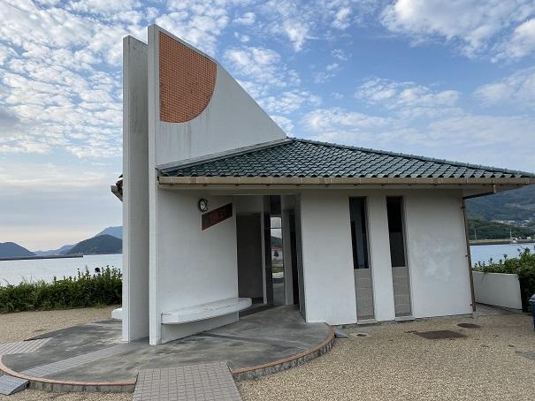 新仁尾港トイレ