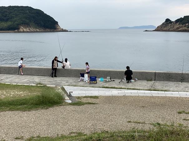 新仁尾港東側