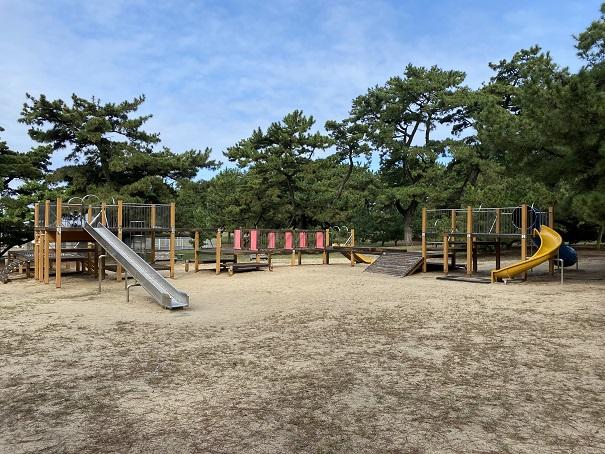 琴弾公園の遊具
