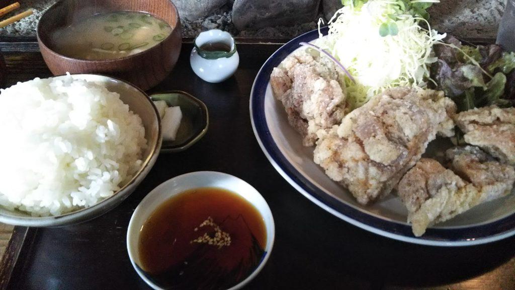 カラシヤ から揚げ定食