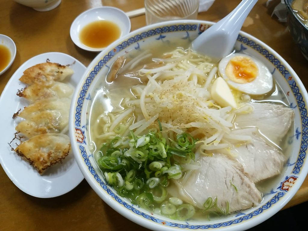 五圓安塩バターラーメン