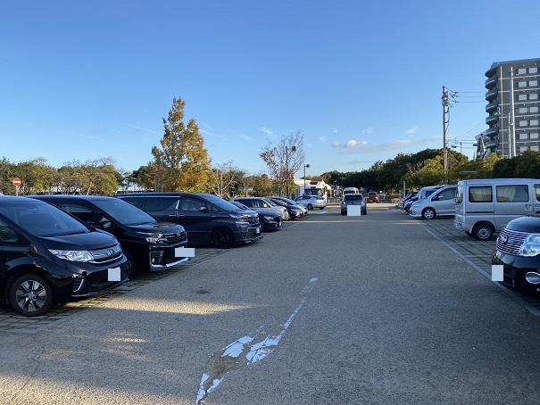 うたづ臨海公園駐車場