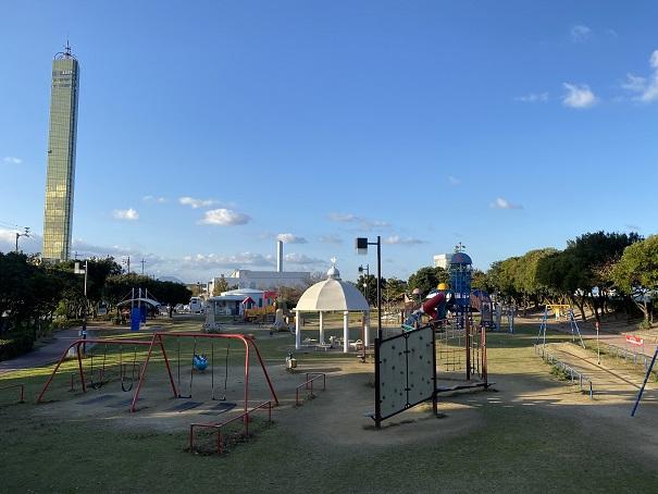 うたづ臨海公園遊具広場