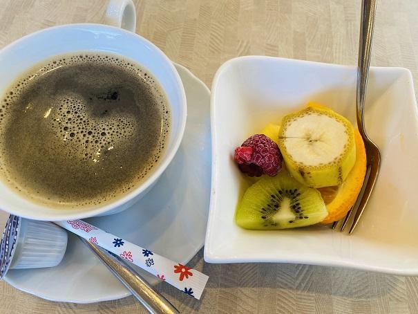 COVO デザートとコーヒー