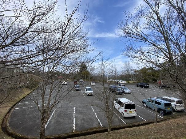 みろく自然公園大きな駐車場