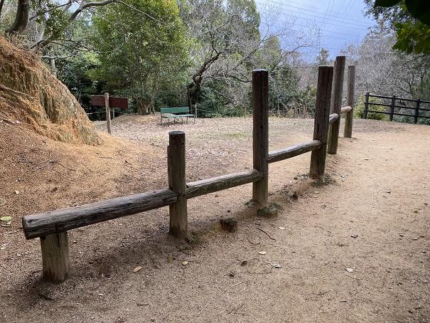 丸太渡りみろく自然公園
