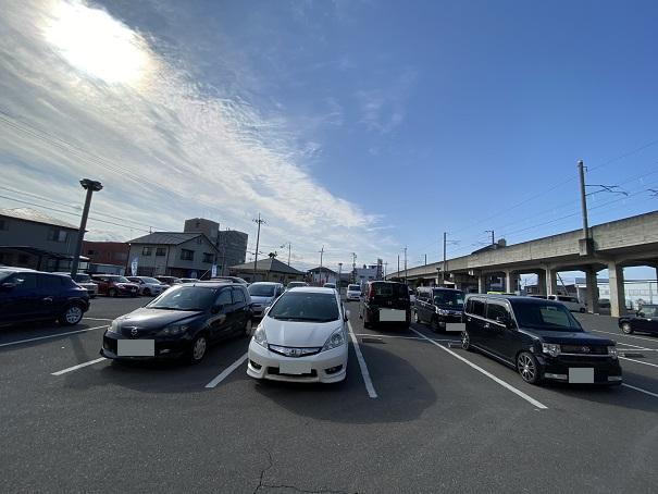 讃州製麺駐車場