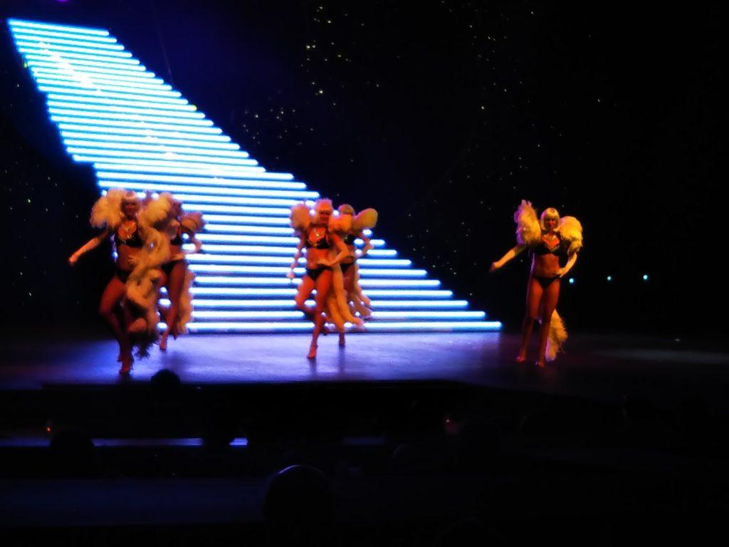 ショーダンス