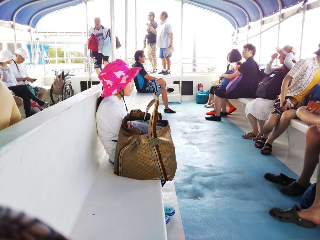 ココス島までの船