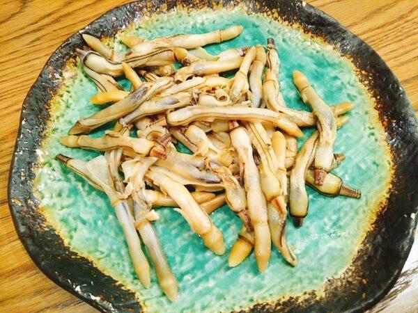 マテ貝の塩コショウバター焼き