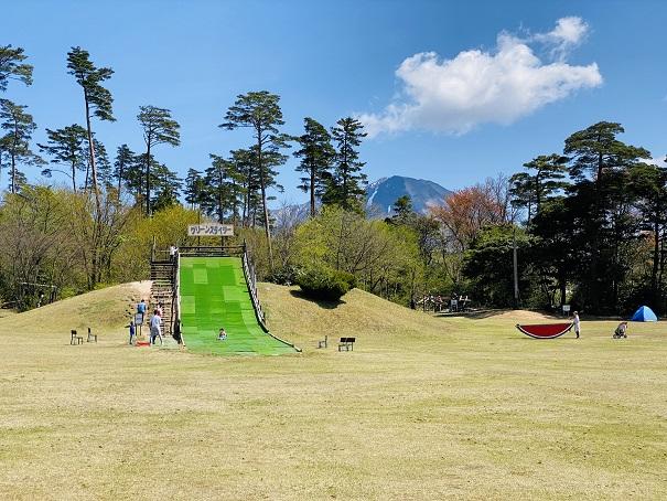 森の国遊びの広場スライダー