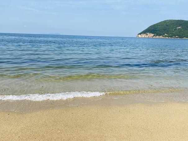 名部戸海水浴場海の水は透明