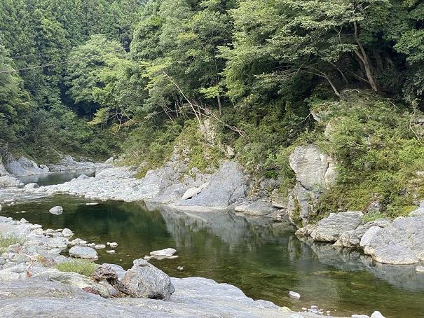 祖谷ふれあい公園祖谷川川遊び