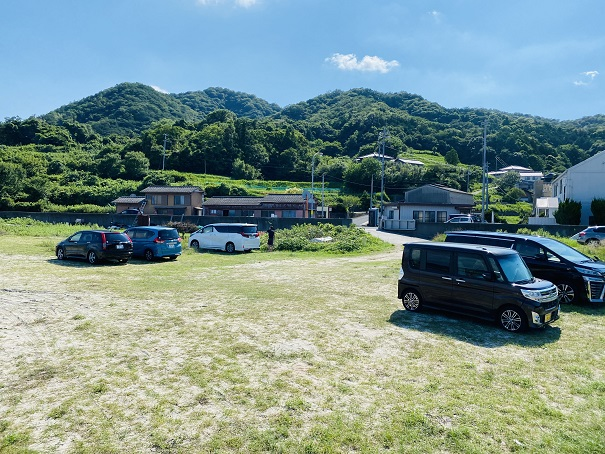 高尻海水浴場駐車場