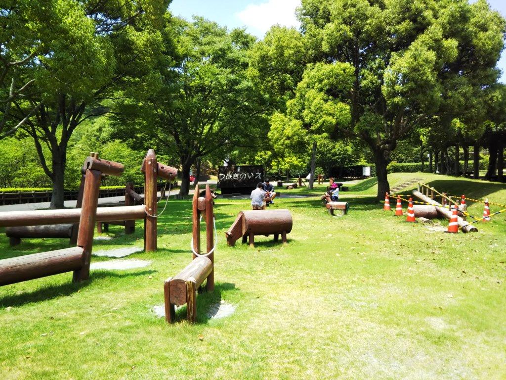 木馬の広場