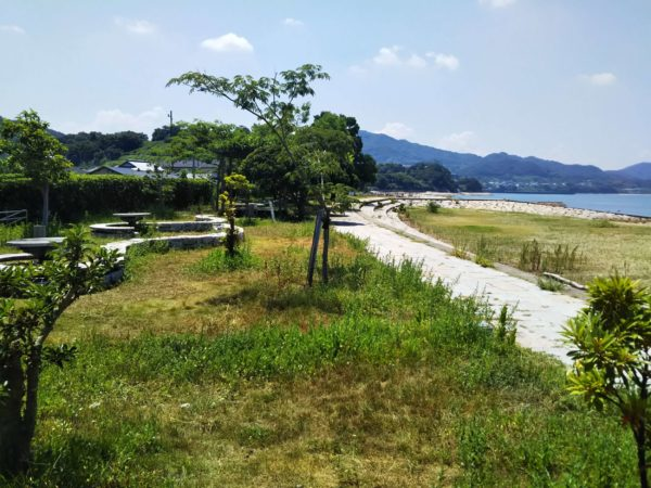 山田海岸東屋