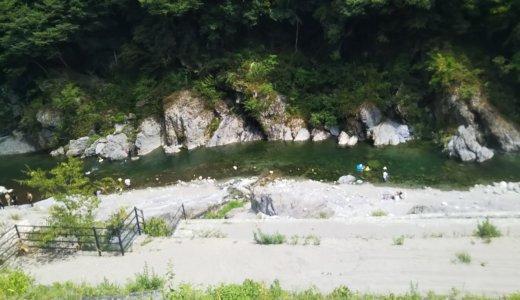 祖谷ふれあい公園の祖谷川で川遊び 徳島県