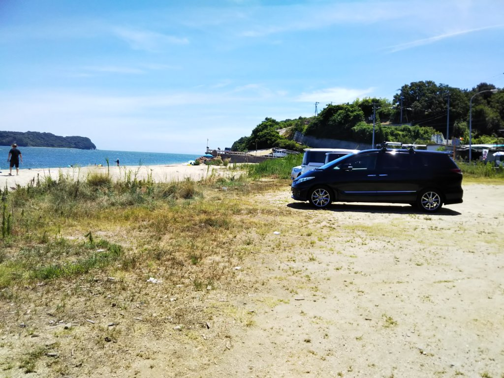 鎌野海水浴場駐車場