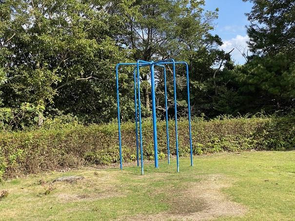 萩の丘公園登り棒