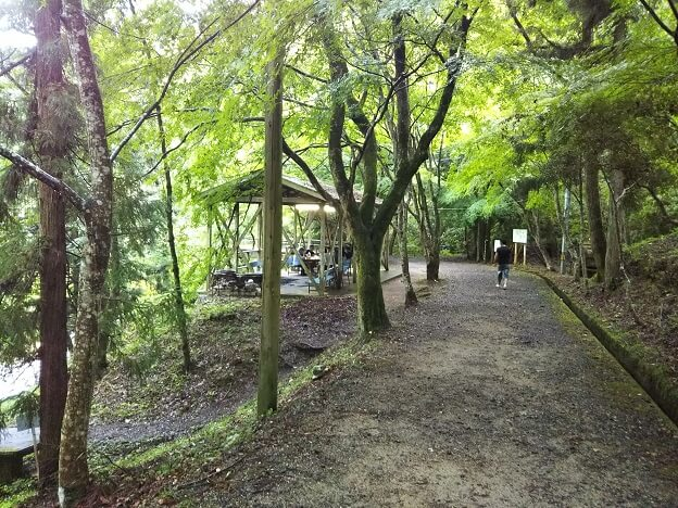 虹の滝 炊飯場
