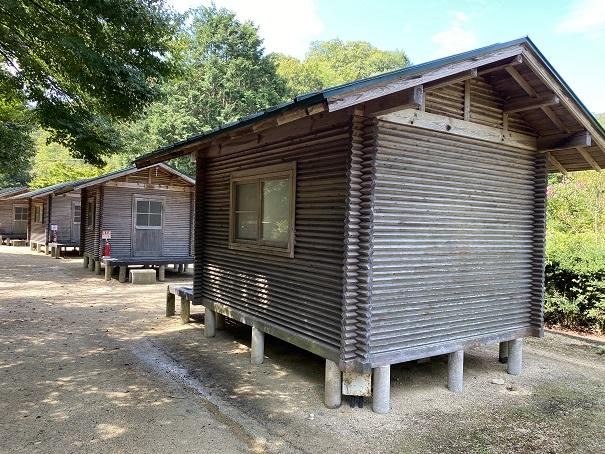 キャンプ村tatutaの森ハンガロー