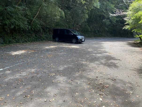 不動の滝駐車場