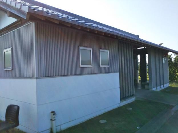 鶴羽漁港トイレ
