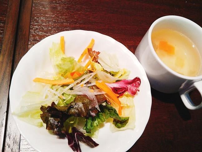いきなりステーキ サラダとスープ
