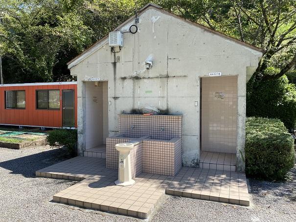 穴吹川ふれあい広場のトイレ