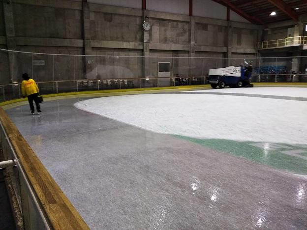 トレスタ白山 製氷作業