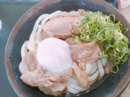 麺太郎の温玉肉ぶっかけうどん