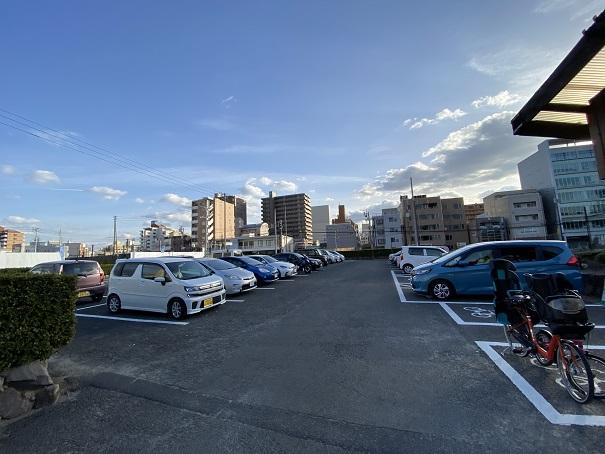 玉藻公園専用駐車場