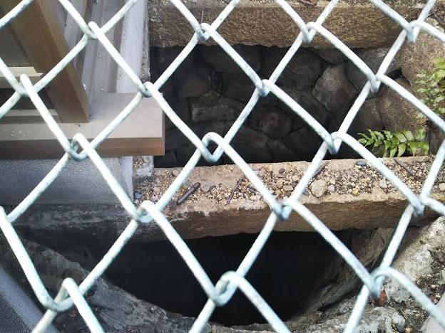 丸亀城 二の丸の井戸の中