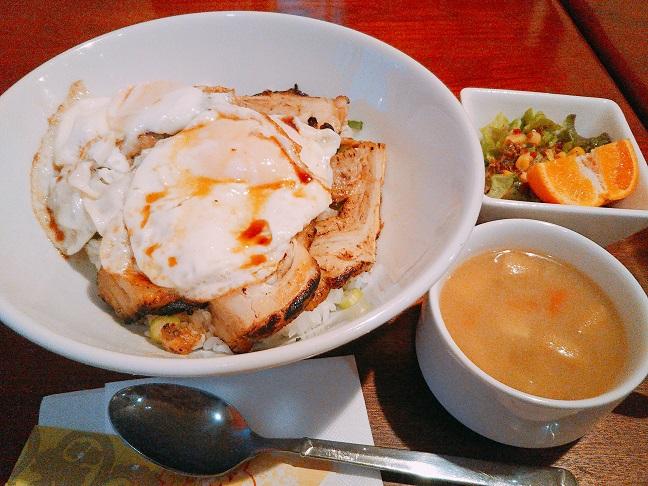 T-Smile 焼き豚卵飯