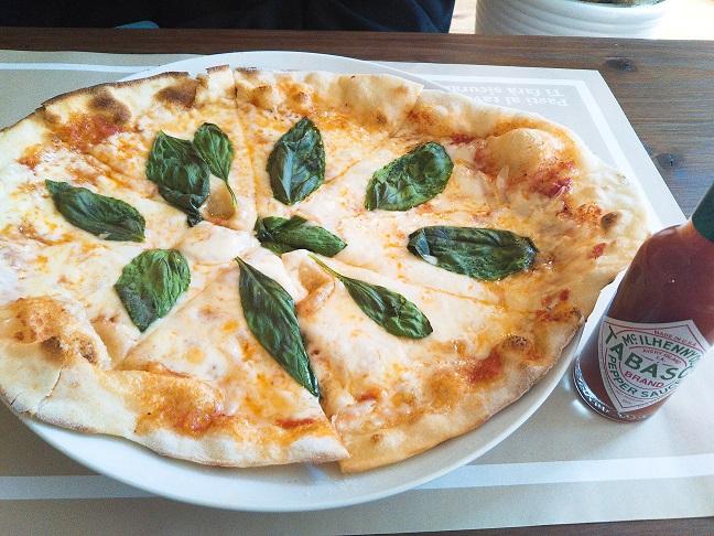Ristorante Tavolo(リストランテ テーブル)ピザランチ1