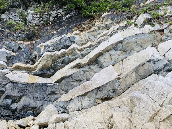 ランプロファイヤ岩脈