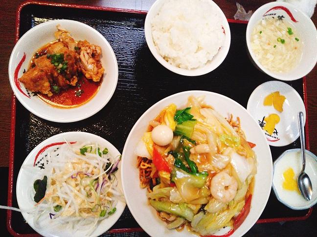 せい華 八宝菜定食