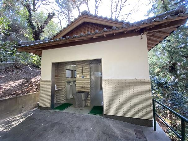八栗寺トイレ