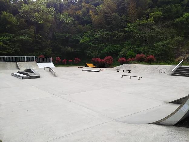 ツインパルながお スケートパーク