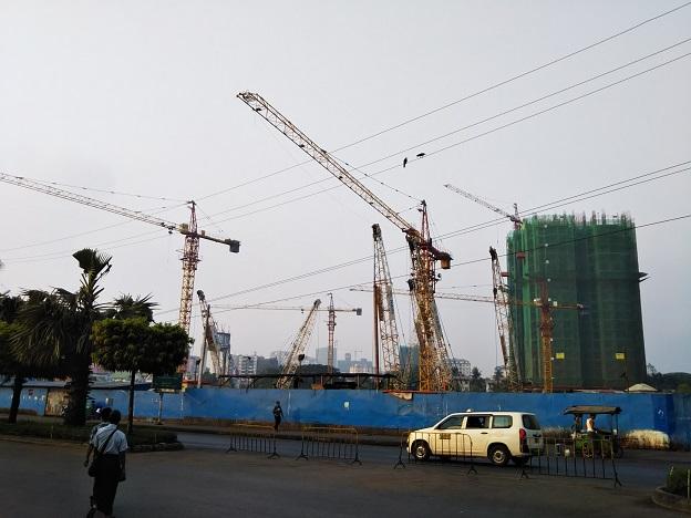 HAGL MYANMAR CENTREのいたるところで再開発が