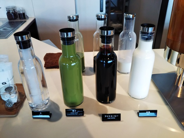 POWER LOUNGE NORTH牛乳や青汁
