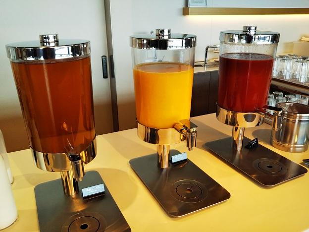 POWER LOUNGE NORTHオレンジジュース