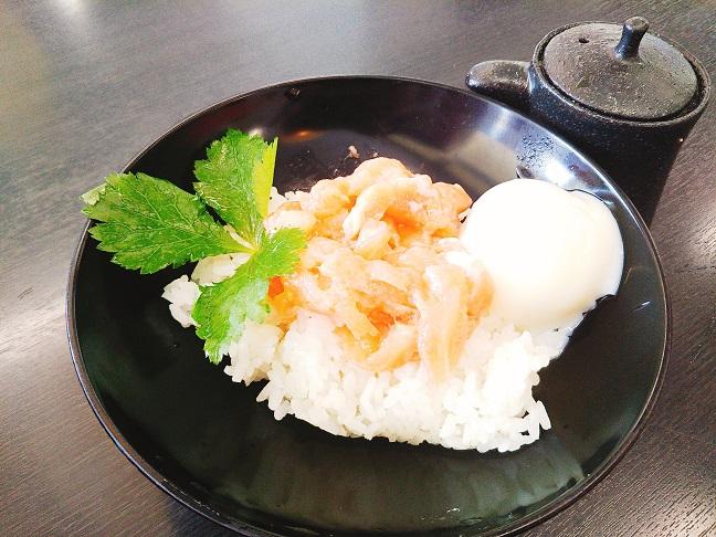 島のいぶき サーモン丼