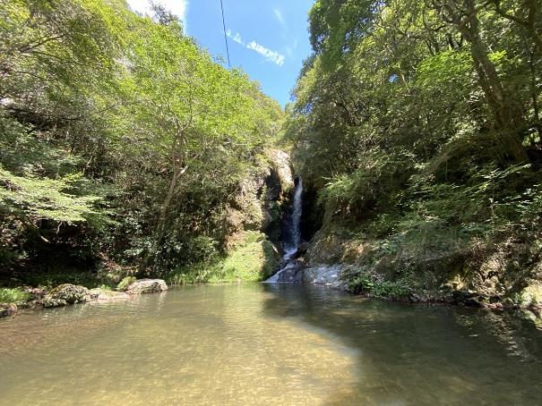 香川県のおすすめ滝や川遊び