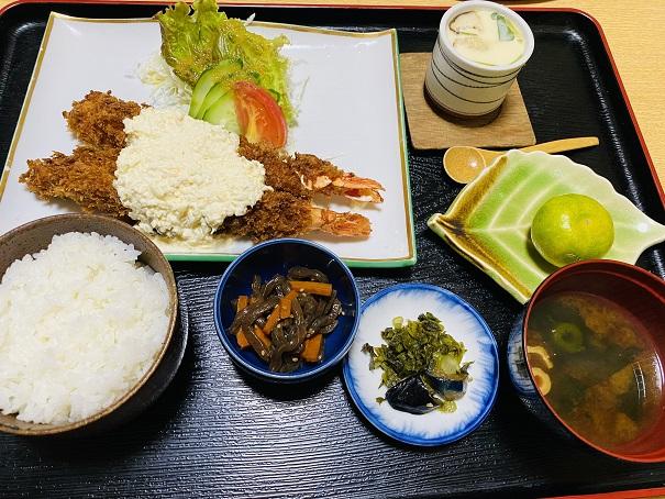 メガジャンボエビフライ定食
