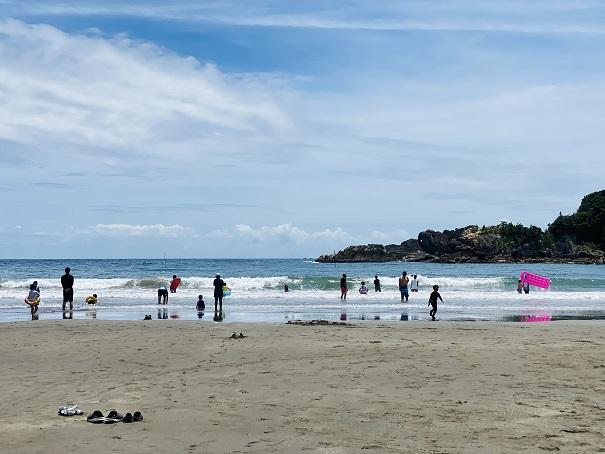 白浜海水浴場ビーチと砂浜