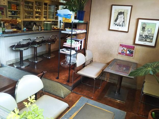 CAFE DE YURI 店内2